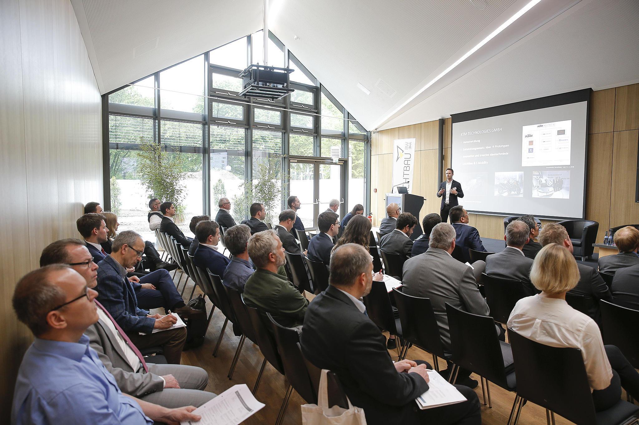Technologietag Leichtbau erstmals als Global Lightweight Summit